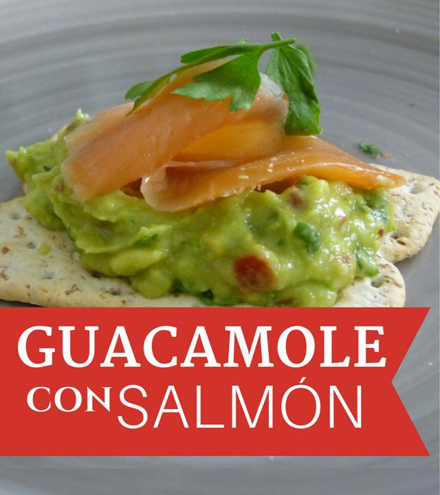 Receta de Guacamole y cómo hacer una tapa con salmón