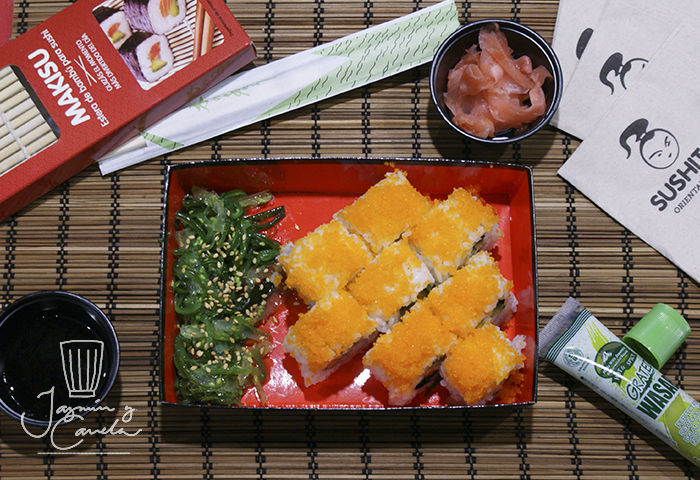 sushi paso a paso CALIFORNIA ROLLS
